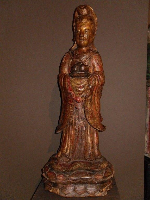 Grande Guanyin en bois - Dynastie Qing - vendu. Image