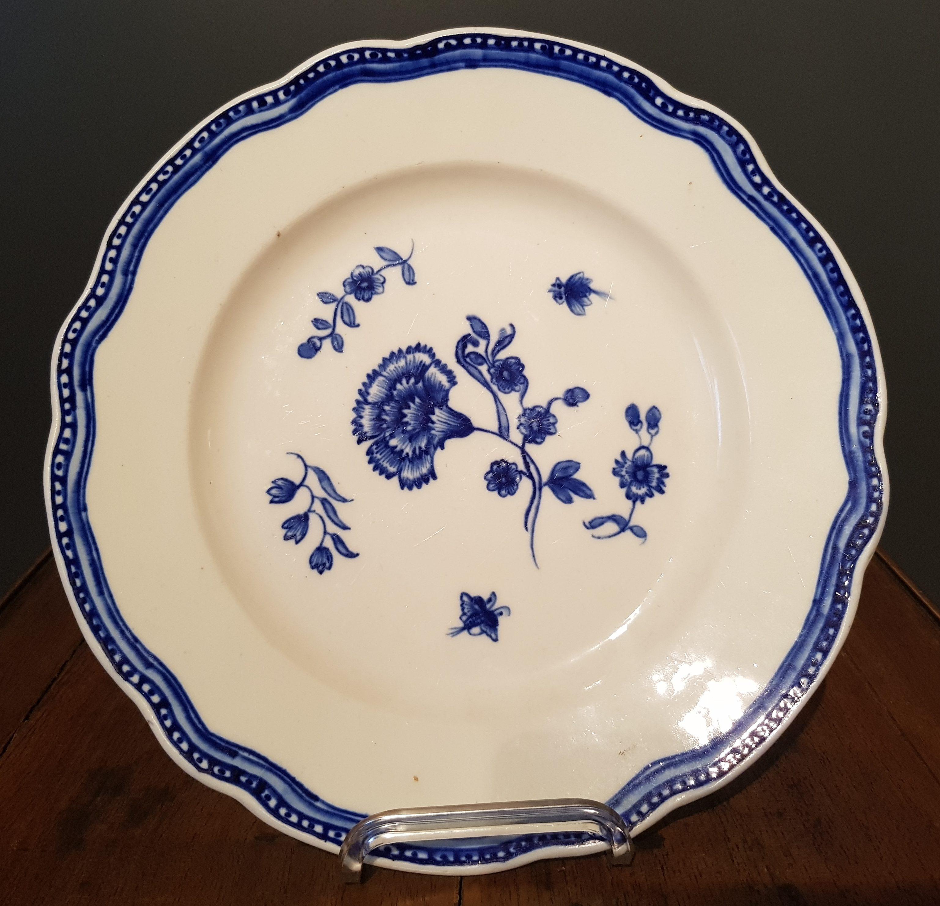 Assiette à l'œillet en Porcelaine de Tournai - Copies de Chine Image