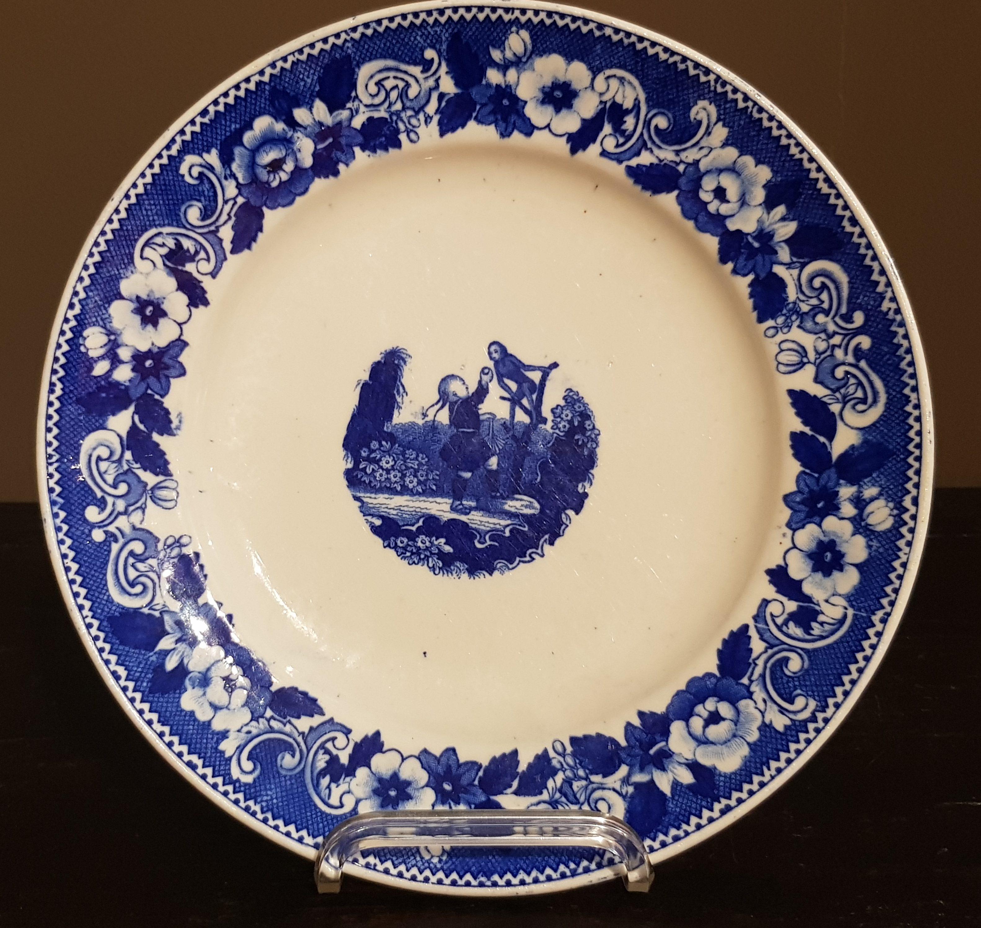 Assiette en Porcelaine de Tournai au jeux d