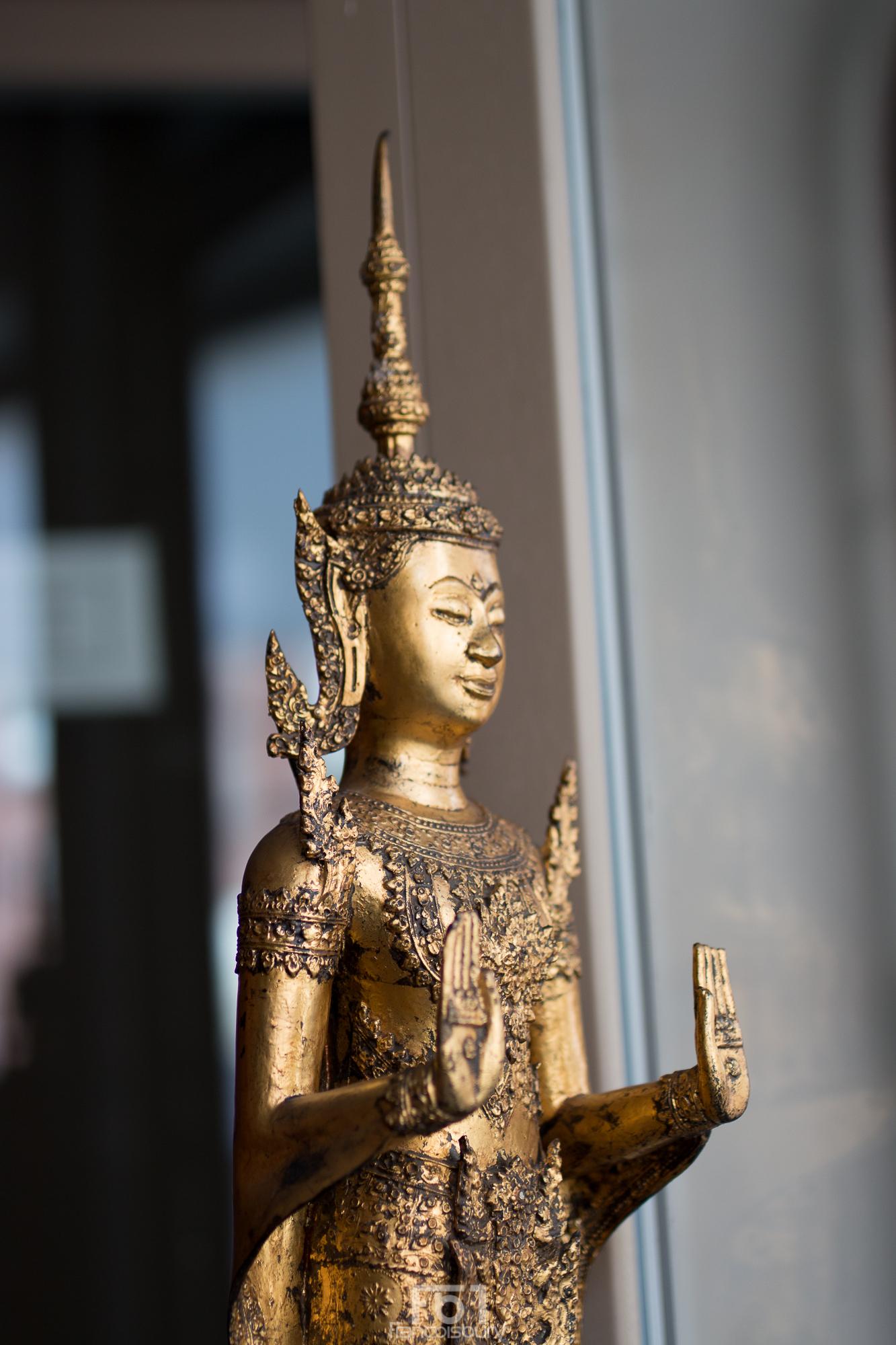 Bouddha Royal en bronze doré - Thaïlande - 19ème - VENDU Image