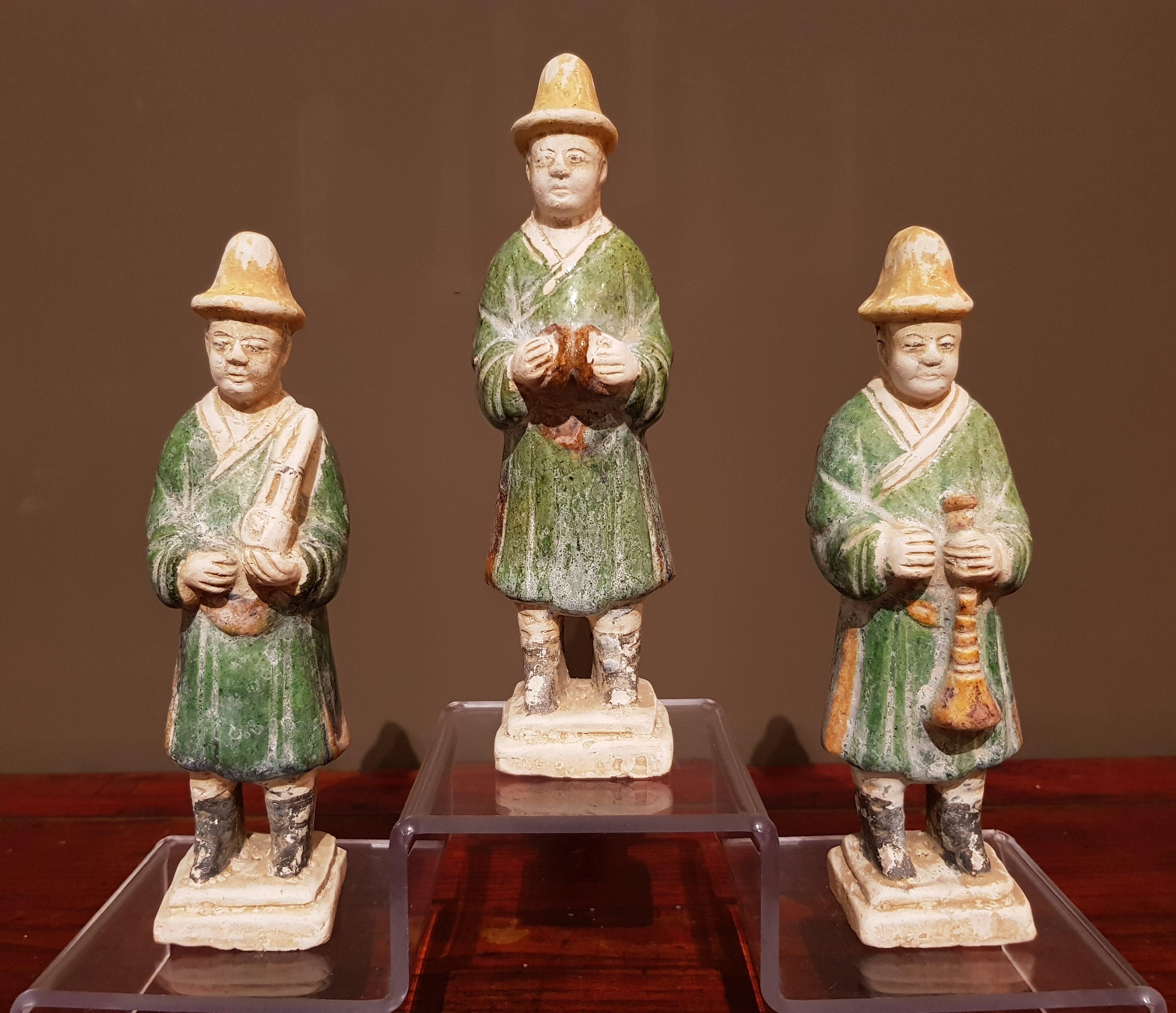 Ensemble de trois musiciens - Dynastie Ming - VENDU Image